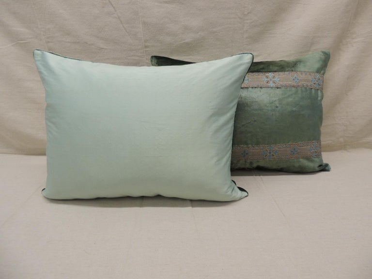 Pair of Antique Crushed Velvet Green and Silver Bolsters Decorative Pillows In Good Condition For Sale In Wilton Manors, FL