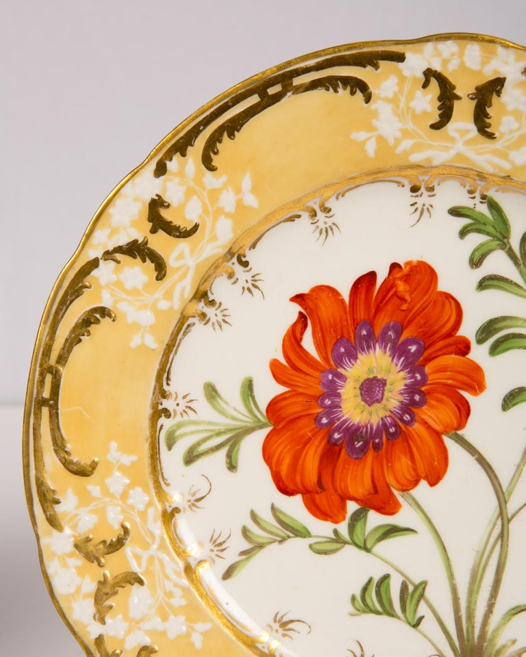 Pair of Antique Dishes with Single Hand-Painted Flower circa 1825 For Sale 3