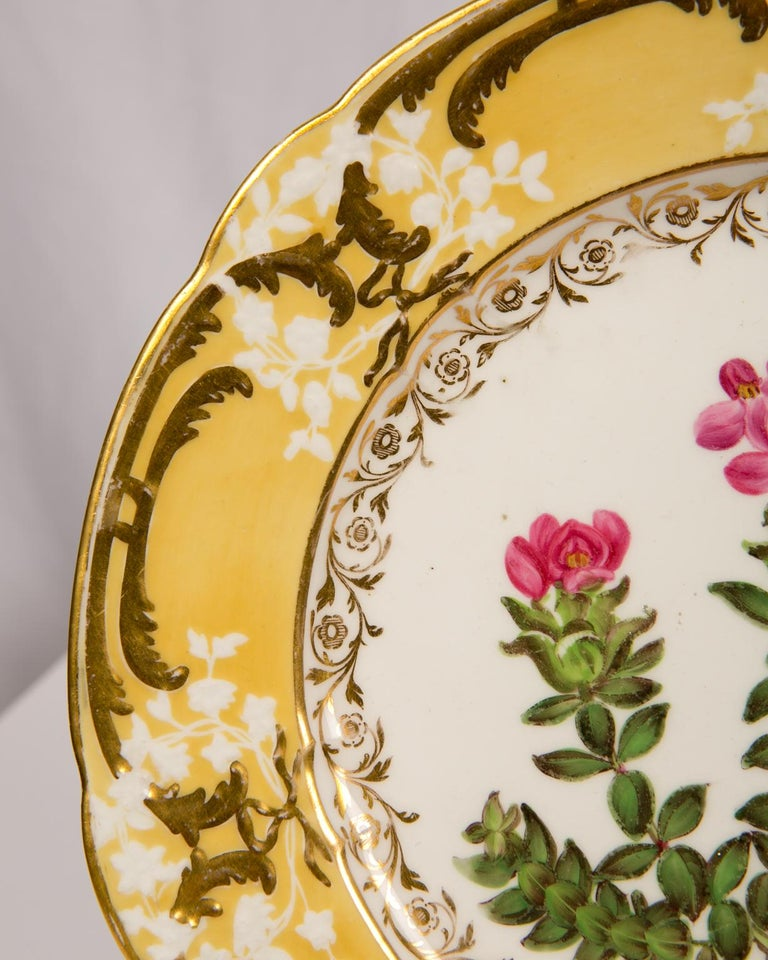 Pair of Antique Dishes with Single Hand-Painted Flower circa 1825 For Sale 4