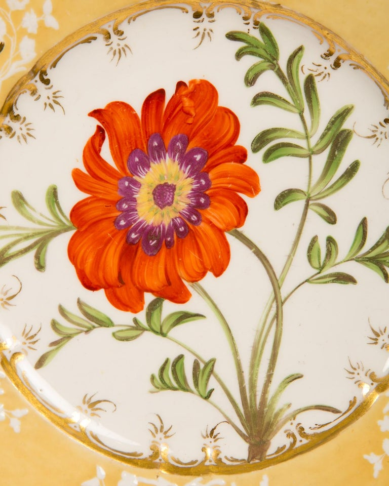 English Pair of Antique Dishes with Single Hand-Painted Flower circa 1825 For Sale