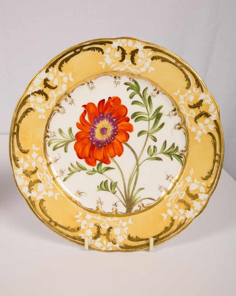 Pair of Antique Dishes with Single Hand-Painted Flower circa 1825 For Sale 2