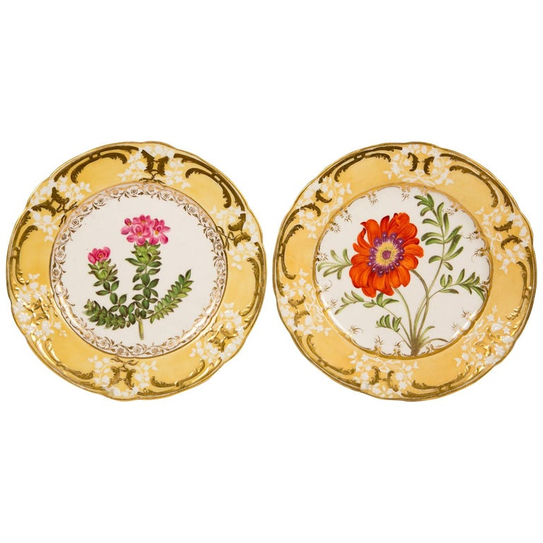 Pair of Antique Dishes with Single Hand-Painted Flower circa 1825 For Sale