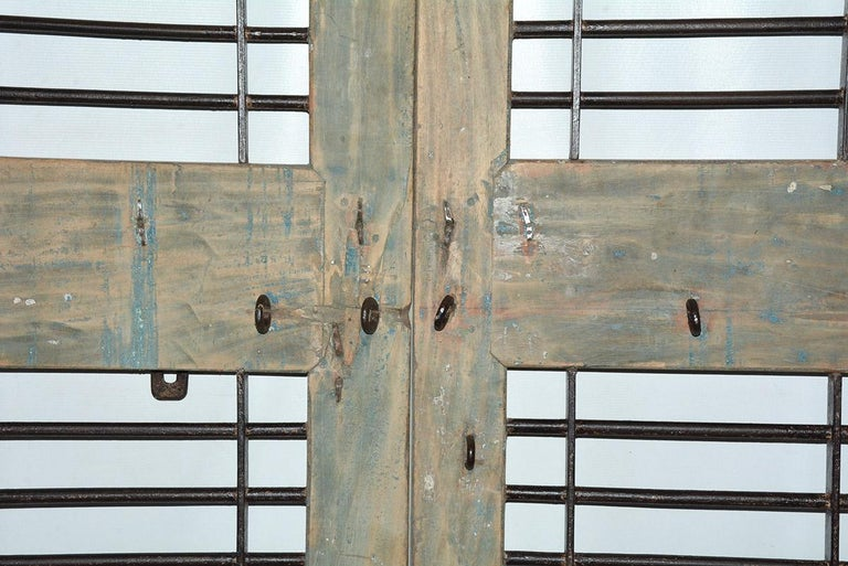 20th Century Pair of Antique Doors or Shutters from India For Sale
