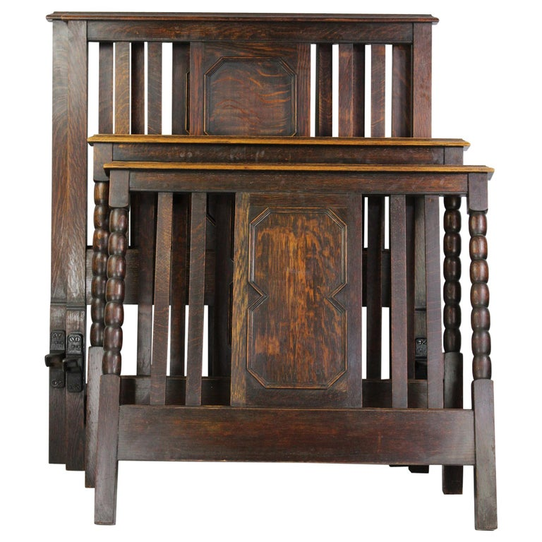 Pair of Antique Edwardian Oak Single Twin Beds, US Twin Size Bedsteads For Sale