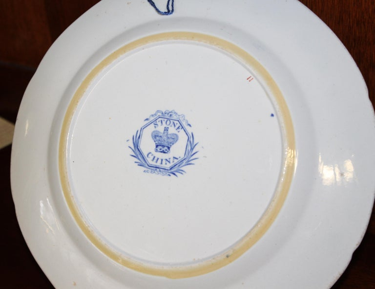 Pair of Antique English Ironstone Imari Cabinet Plates, Hicks, Meigh and Johnson In Excellent Condition For Sale In Charleston, SC