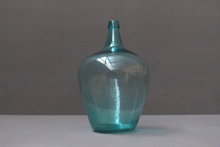 Pair of Antique French Demijons Hand Blown Wine Bottles In Good Condition For Sale In Winterswijk, NL