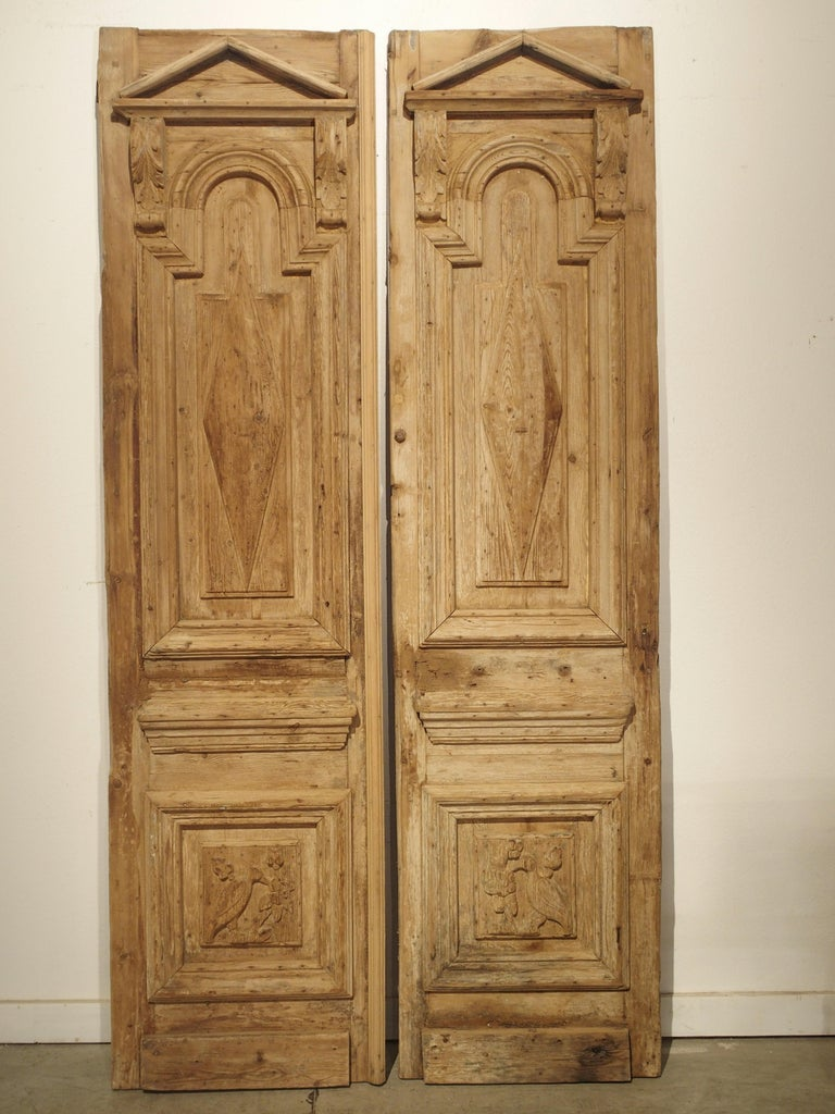 Pair of Antique French Egyptian Pine Doors with Carved Bird Motifs For Sale 5