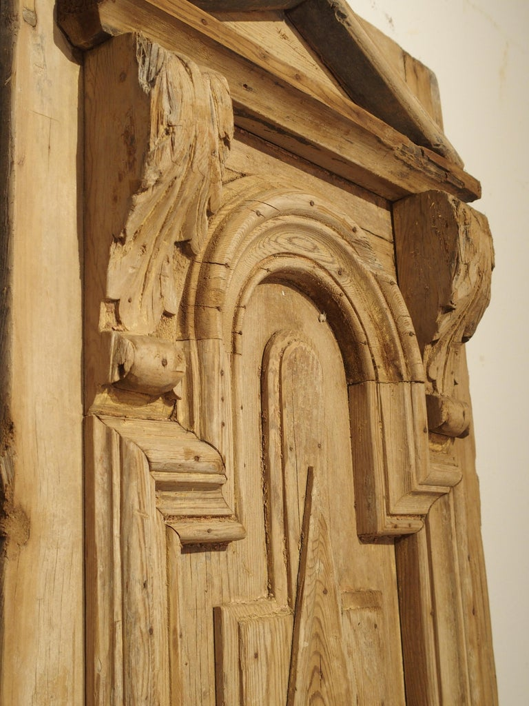 Pair of Antique French Egyptian Pine Doors with Carved Bird Motifs For Sale 8