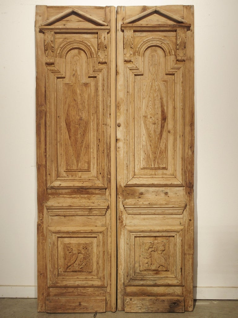 Pair of Antique French Egyptian Pine Doors with Carved Bird Motifs For Sale 12