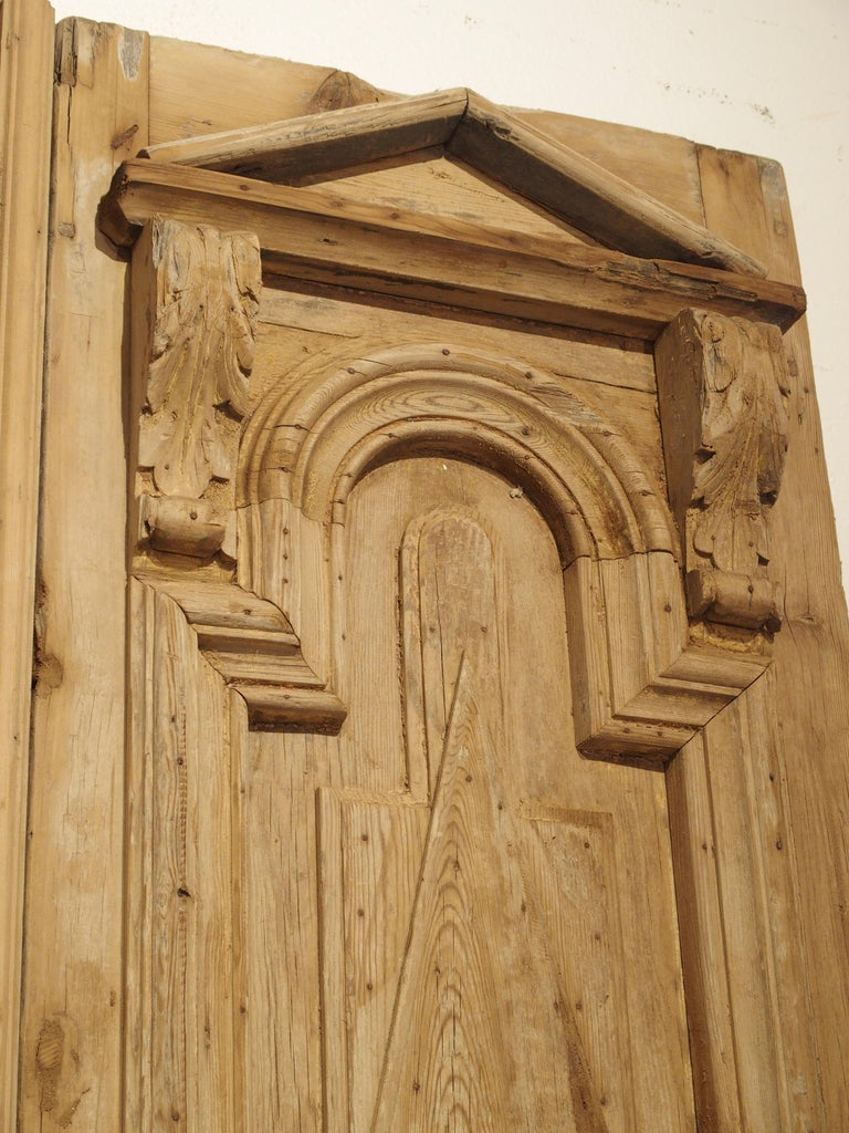 Pair of Antique French Egyptian Pine Doors with Carved Bird Motifs For Sale 3