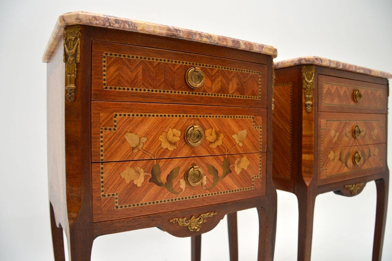 Louis XV Pair of Antique French Inlaid Marble Top Bedside Chests For Sale