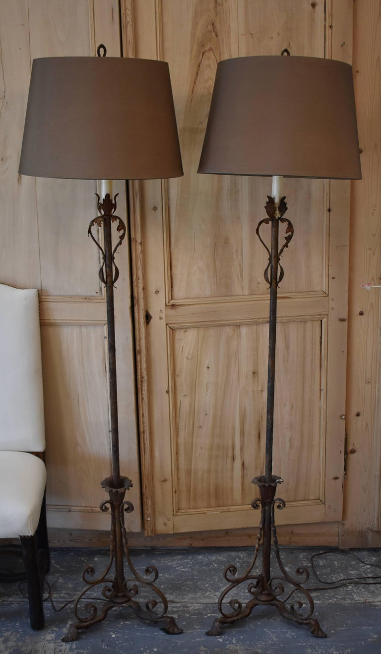 Pair of Antique French Iron Floor Lamps In Good Condition For Sale In Encinitas, CA