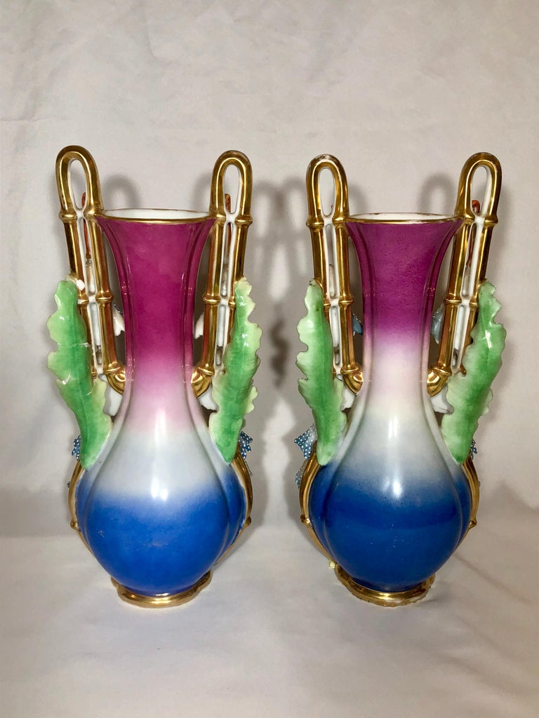 Pair of Antique French Mid-19th Century Old Paris Porcelain In Excellent Condition For Sale In New Orleans, LA