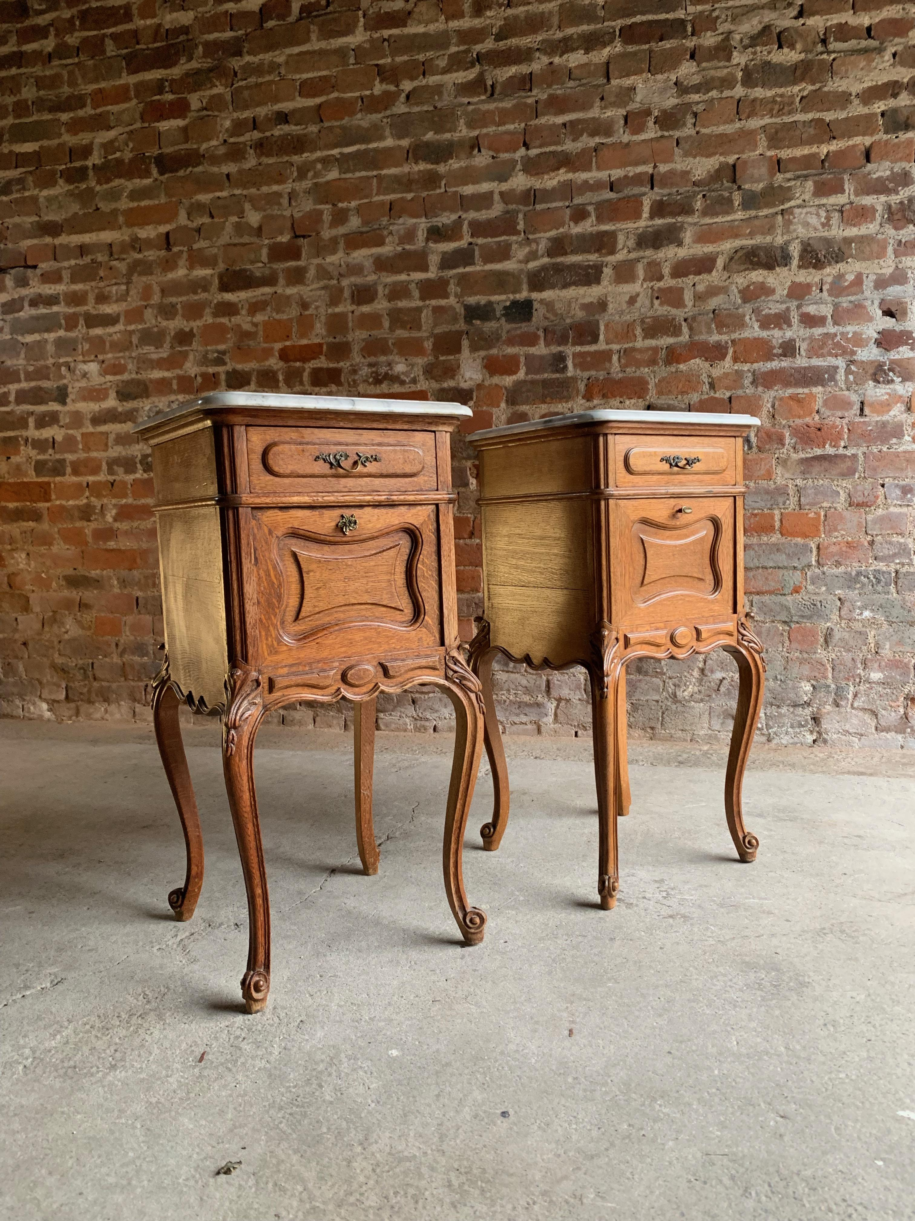 Picture of: Pair Of Antique French Nightstands Bedside Tables Marble Victorian 1890 At 1stdibs
