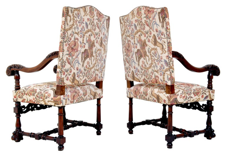 Baroque Revival Pair of Antique Italian Baroque Carved Mahogany Throne Chairs, circa 1870 For Sale