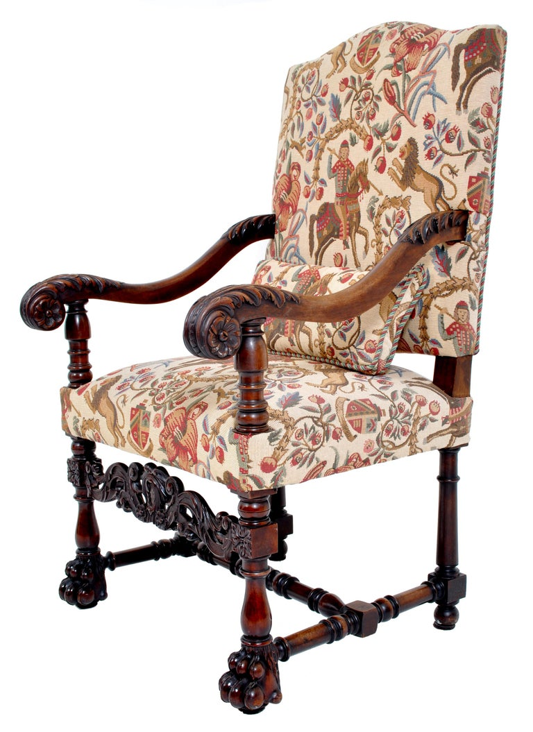 19th Century Pair of Antique Italian Baroque Carved Mahogany Throne Chairs, circa 1870 For Sale