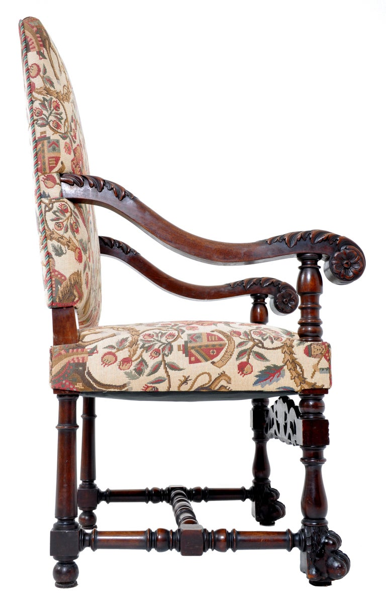 Pair of Antique Italian Baroque Carved Mahogany Throne Chairs, circa 1870 For Sale 1