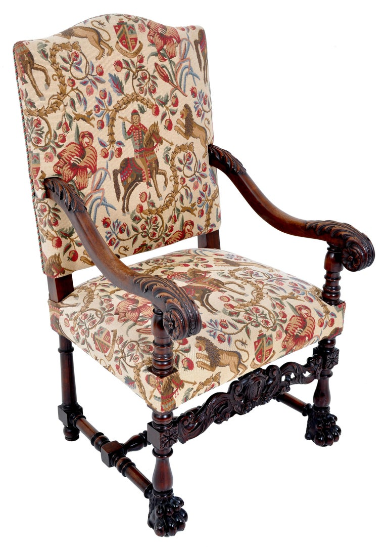 Pair of Antique Italian Baroque Carved Mahogany Throne Chairs, circa 1870 For Sale 2