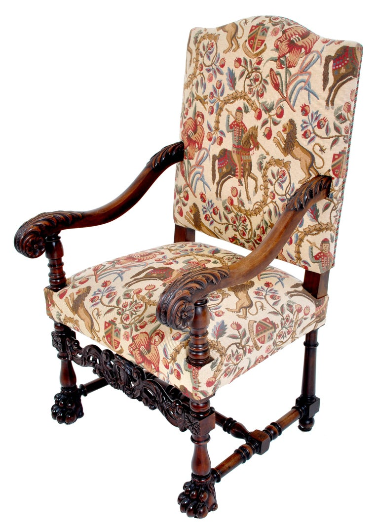 Pair of Antique Italian Baroque Carved Mahogany Throne Chairs, circa 1870 For Sale 3