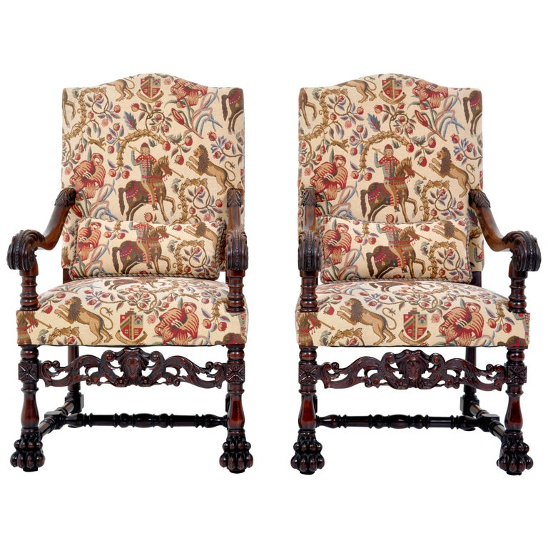 Pair of Antique Italian Baroque Carved Mahogany Throne Chairs, circa 1870 For Sale