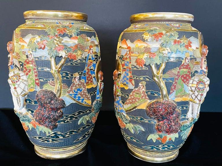 20th Century Pair of Antique Japanese Satsuma Vases Figural Scenes For Sale