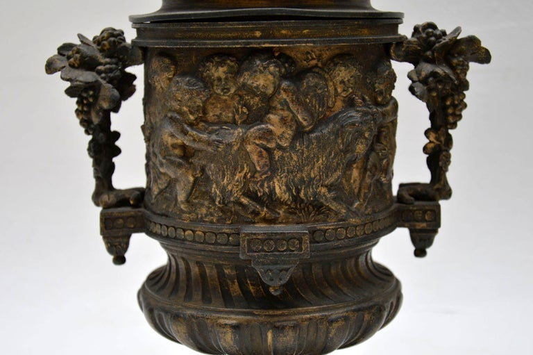 Late 19th Century Pair of Antique Neoclassical Bronze Urns For Sale