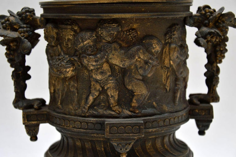 Pair of Antique Neoclassical Bronze Urns For Sale 2