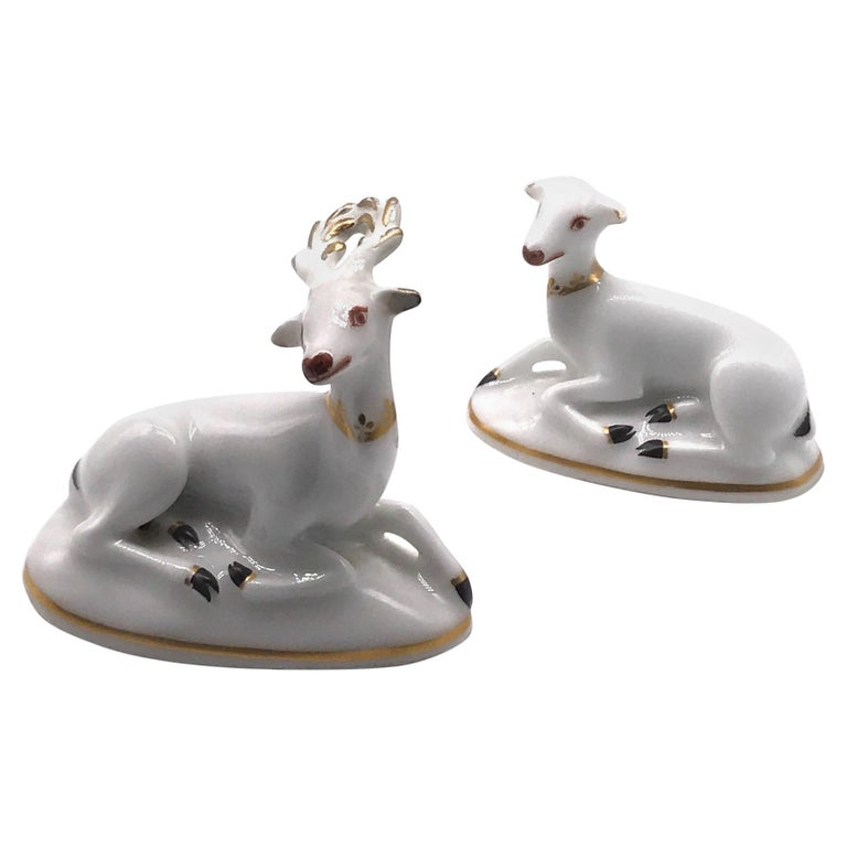 Pair of Antique Porcelain Chamberlain Worcester Doe and Stag Lying Recumbent For Sale