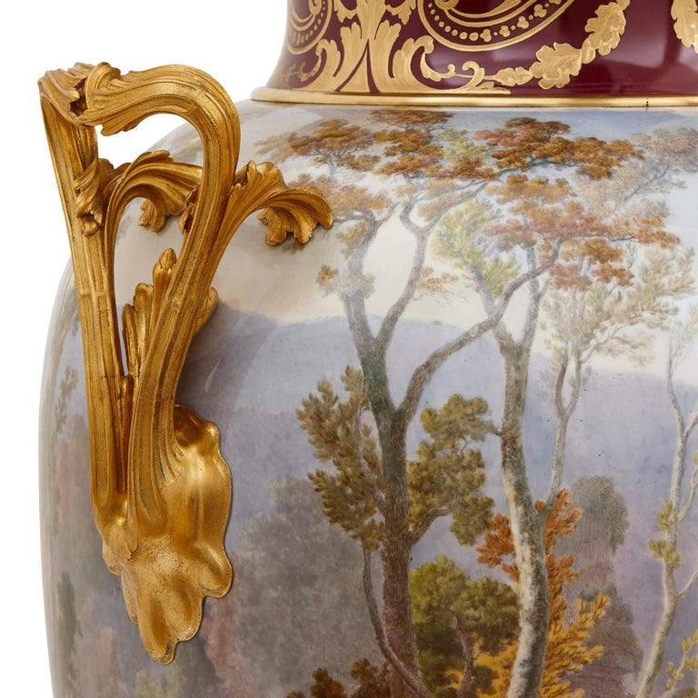 Pair of Antique Porcelain Vases by Sevres In Good Condition For Sale In London, GB