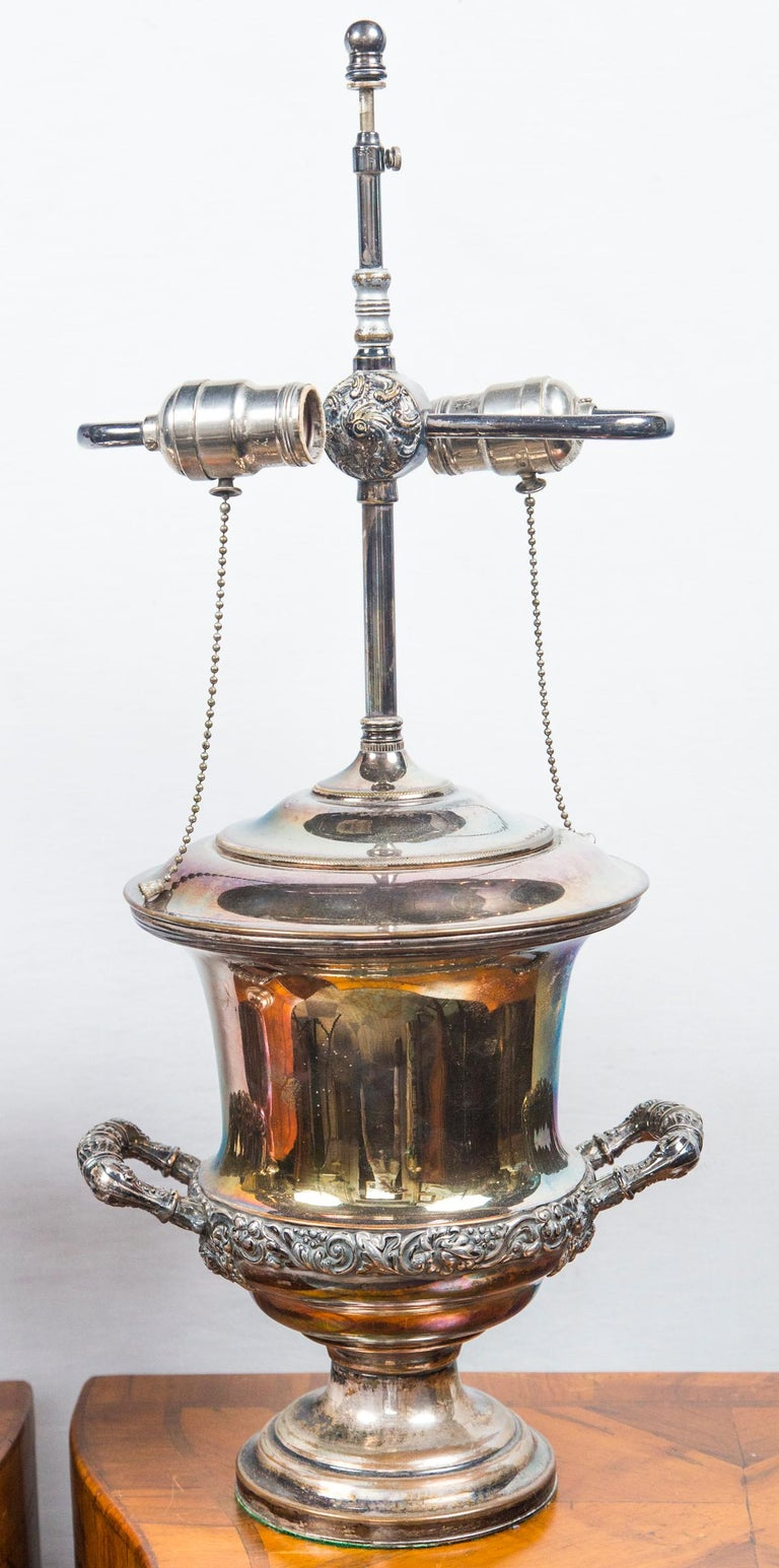 Pair of Antique Sheffield Wine Coolers In Good Condition For Sale In Woodbury, CT