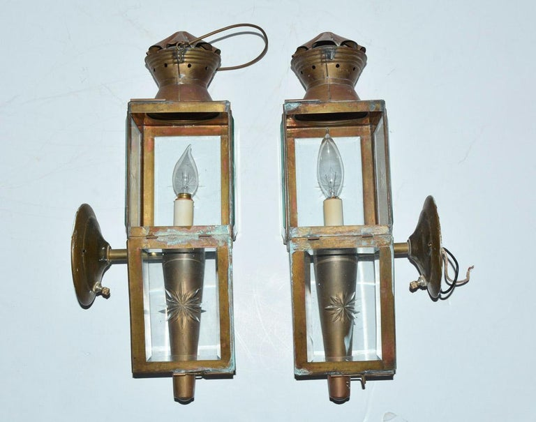 Hand-Crafted Pair of Antique Star Pattern Cut Glass Carriage Light Wall Sconces For Sale