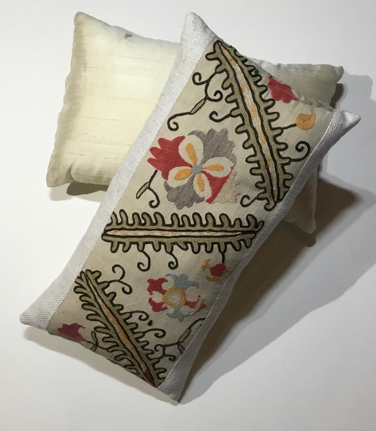 Pair of Antique Suzani Pillows For Sale 5