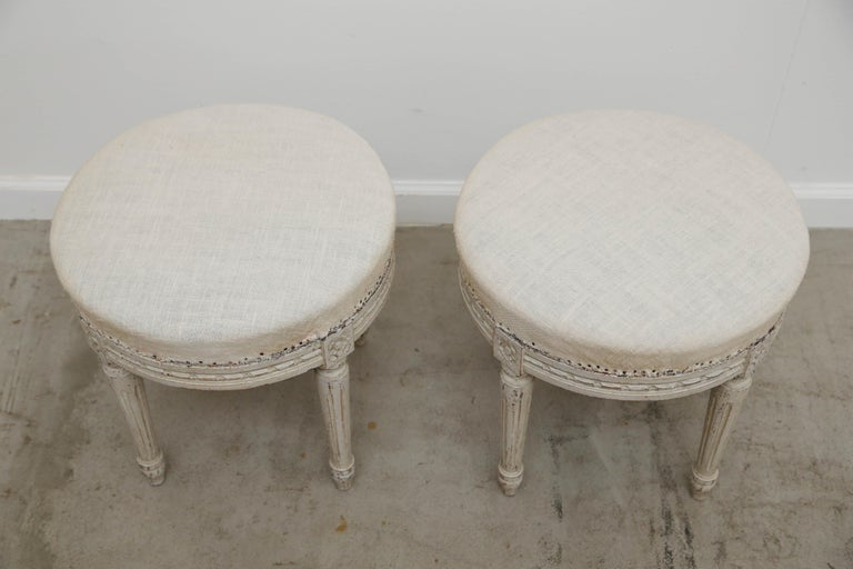 Pair of Antique Swedish Gustavian Style Painted Round Stools, Late 19th Century For Sale 1