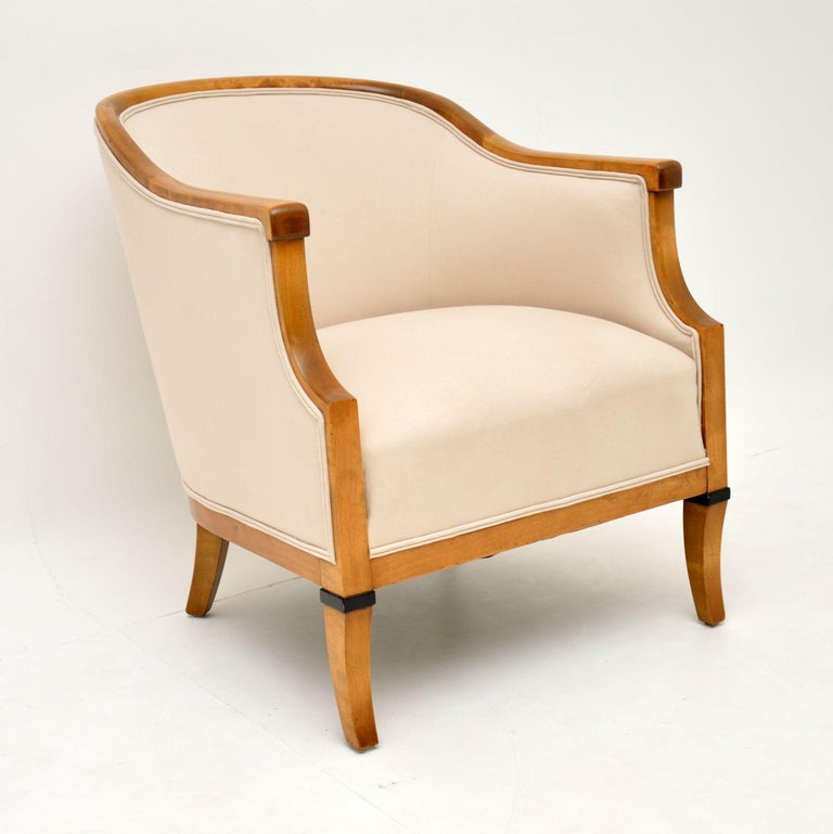 Pair of Antique Swedish Satin Birch Armchairs In Good Condition For Sale In London, GB