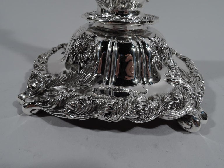Pair of Antique Tiffany Chrysanthemum Sterling Silver Candlesticks In Excellent Condition For Sale In New York, NY
