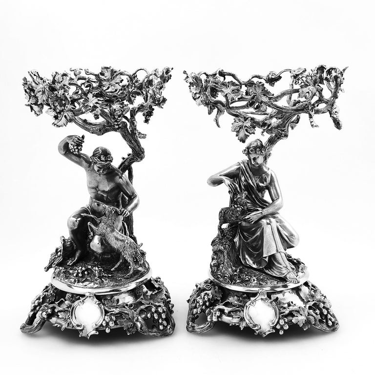 Pair of Antique Victorian Sterling Silver and Glass Comports Centrepieces, 1848 For Sale 6