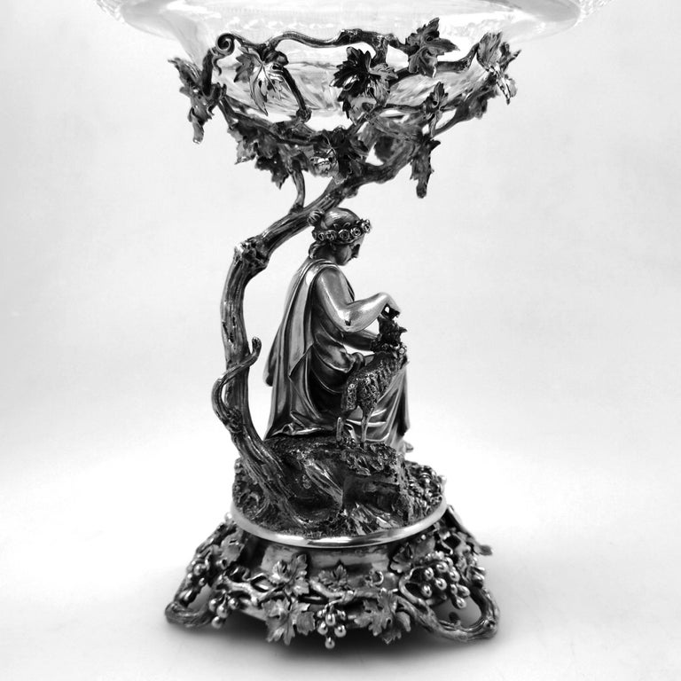 Pair of Antique Victorian Sterling Silver and Glass Comports Centrepieces, 1848 For Sale 11