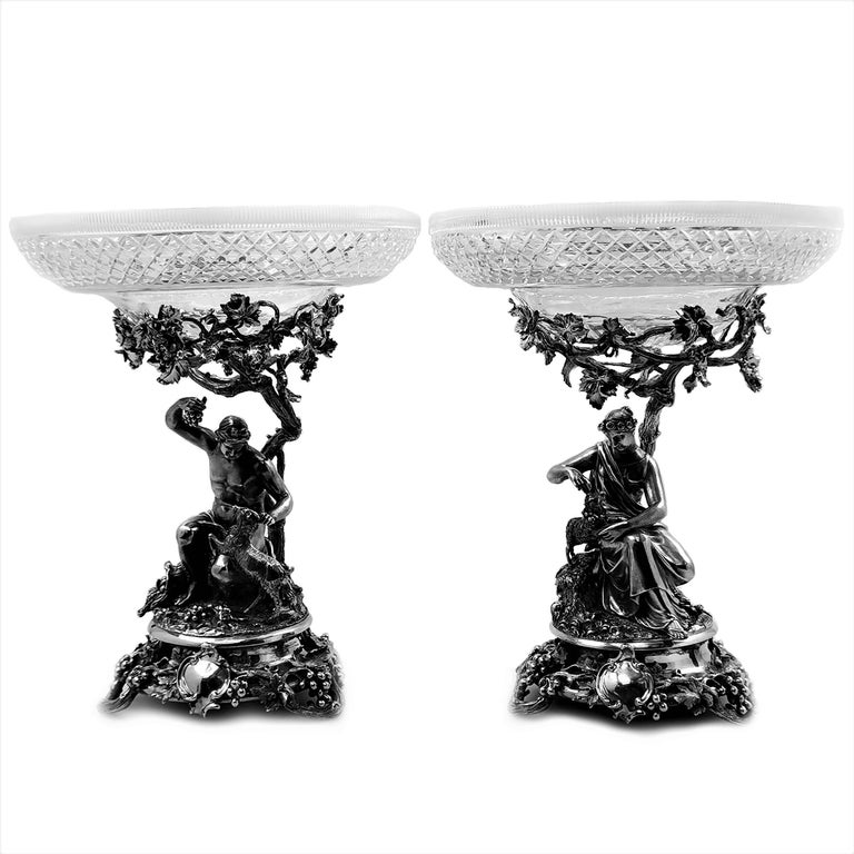 Pair of Antique Victorian Sterling Silver and Glass Comports Centrepieces, 1848 In Good Condition For Sale In London, GB