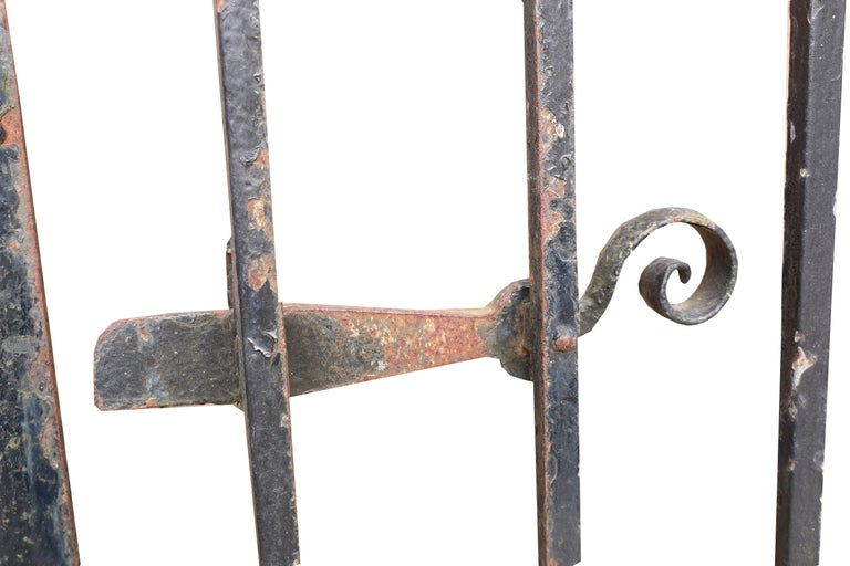 Pair of Antique Wrought Iron Driveway Gates In Fair Condition For Sale In Wormelow, Herefordshire