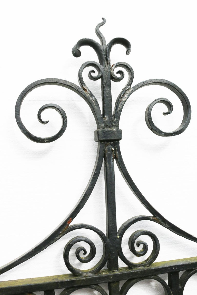 20th Century Pair of Antique Wrought Iron Driveway Gates For Sale
