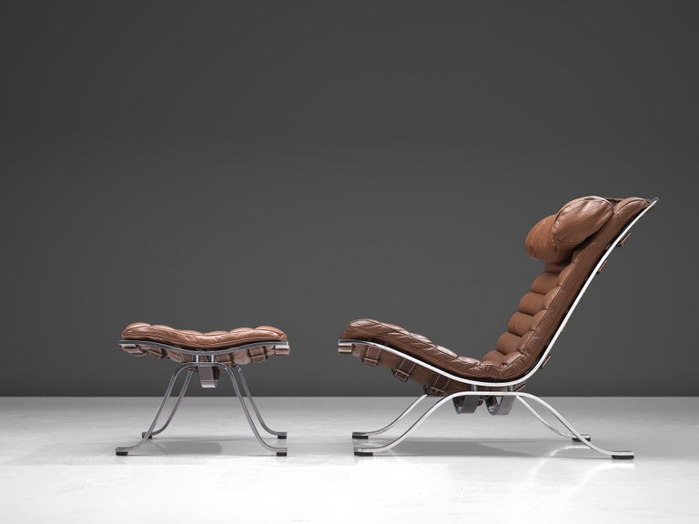 Steel Pair of 'Ari' Lounge Chairs with Ottoman in Brown Leather For Sale