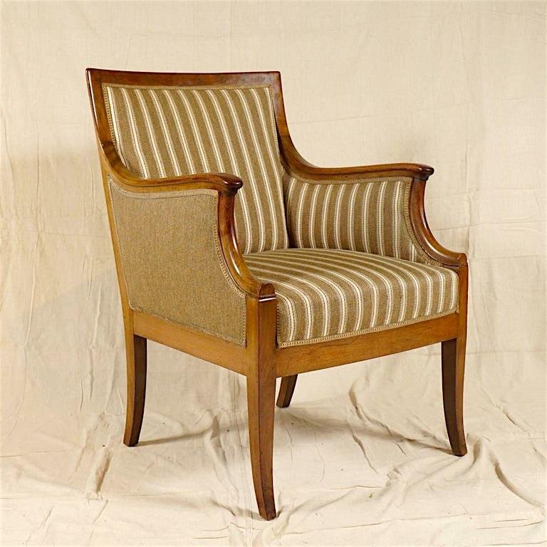 Pair of Armchairs by Frits Henningsen For Sale 3