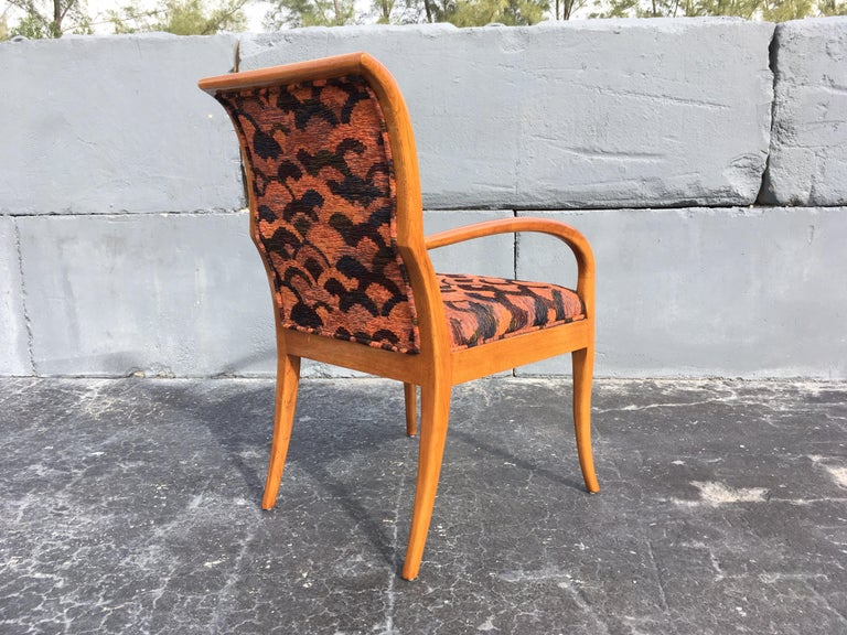Pair of Armchairs in the Style of Robsjohn-Gibbings In Good Condition For Sale In Miami, FL