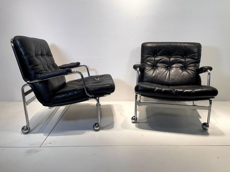 Mid-Century Modern Pair of Armchair by Bruno Mathsson For Sale