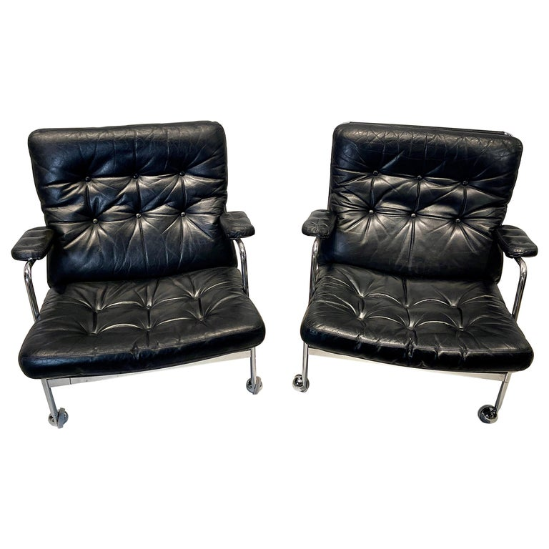 Pair of Armchair by Bruno Mathsson For Sale