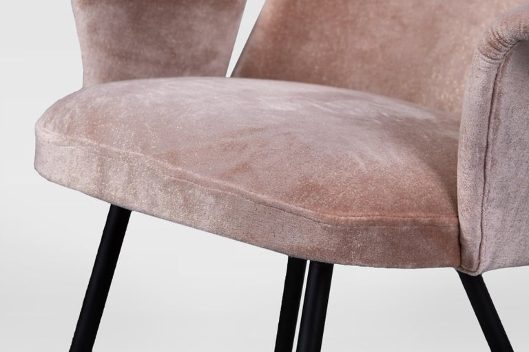 Pair of Armchairs Attributed to Gastone Rinaldi, Italy, 1950s, in Dedar Velvet In Good Condition For Sale In Torino, IT