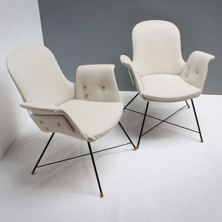 Mid-Century Modern Pair of Armchairs by Augusto Bozzi for Saporiti For Sale