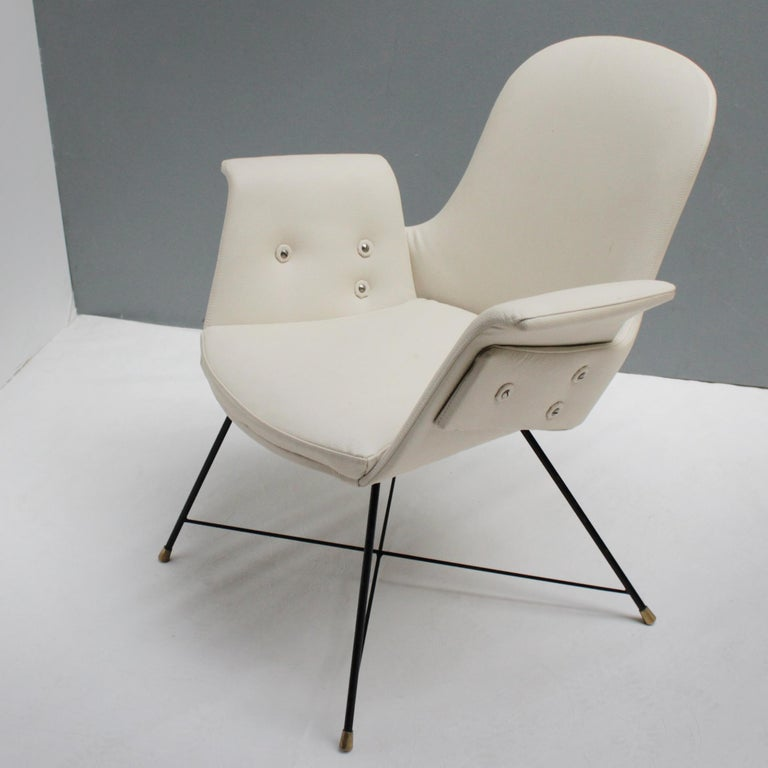Italian Pair of Armchairs by Augusto Bozzi for Saporiti For Sale