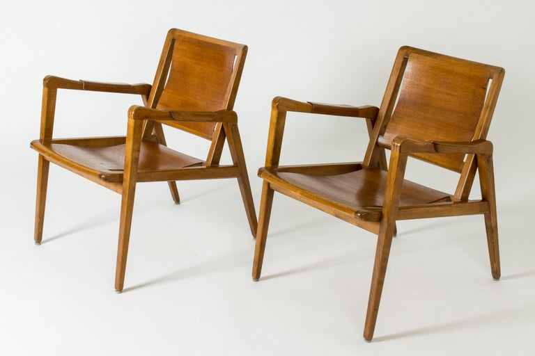 Scandinavian Modern Pair of Armchairs by Axel Larsson for Bodafors, Sweden, 1940s. For Sale