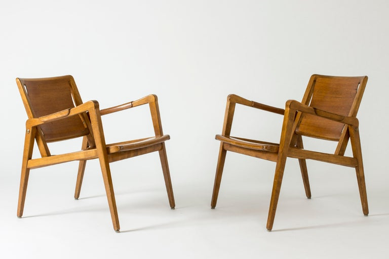 Pair of Armchairs by Axel Larsson for Bodafors, Sweden, 1940s. In Good Condition For Sale In Stockholm, SE